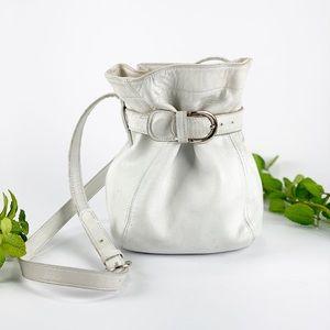 Coach Soho VTG Bucket Bag Crossbody White Silver